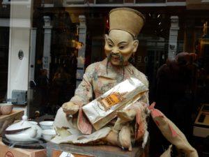 Inproc Chinees beeldje - Chinese statue