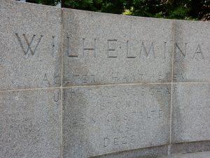 Koningin Wilhelmina Monument