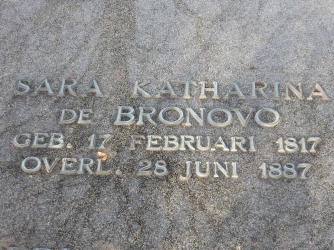 Sara Katharina de Bronovo - Graf Oud Eik en Duinen 1