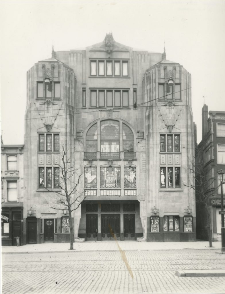 Asta Den Haag ca 1922 Scan van een foto in particulier bezit - Collectie Haags Gemeentearchief