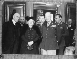 Eisenhower met koningin Wilhelmina